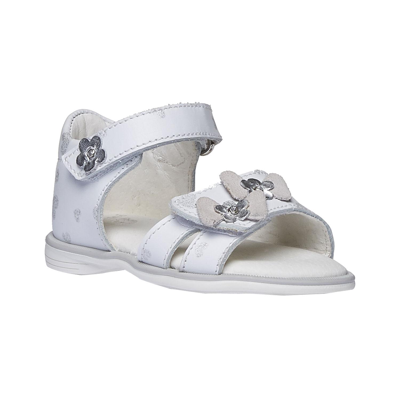 Bílé dětské sandály