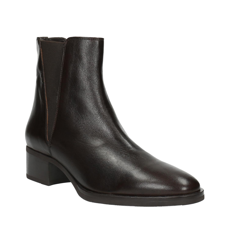 Kožené kotníčkové boty s pružnými boky