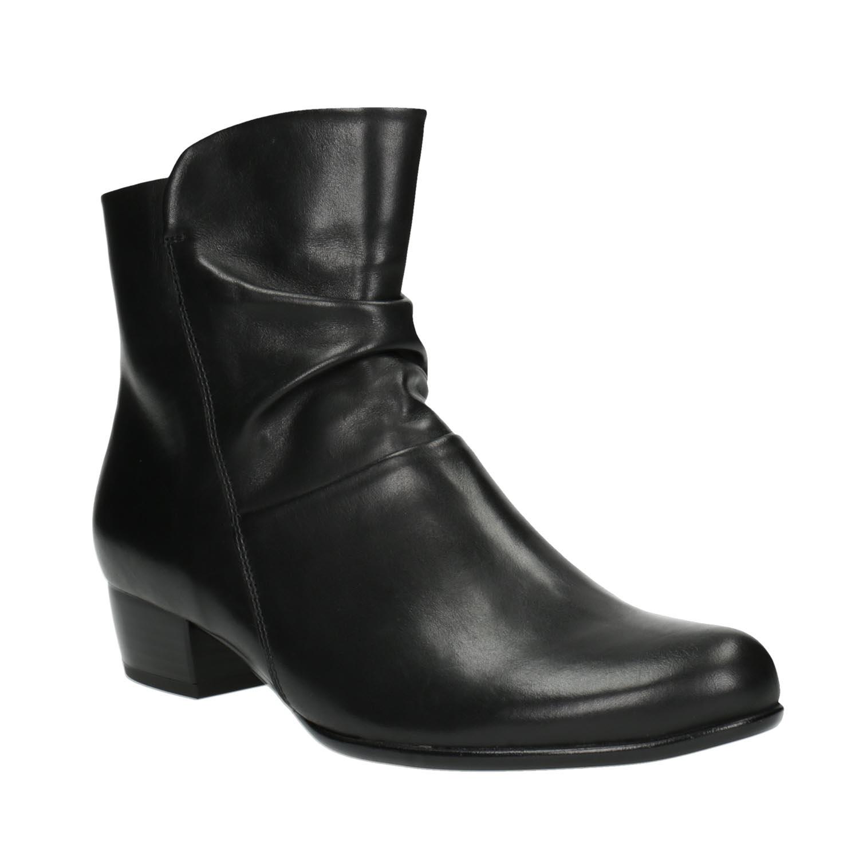 Kožená kotníčková obuv na nízkém podpatku