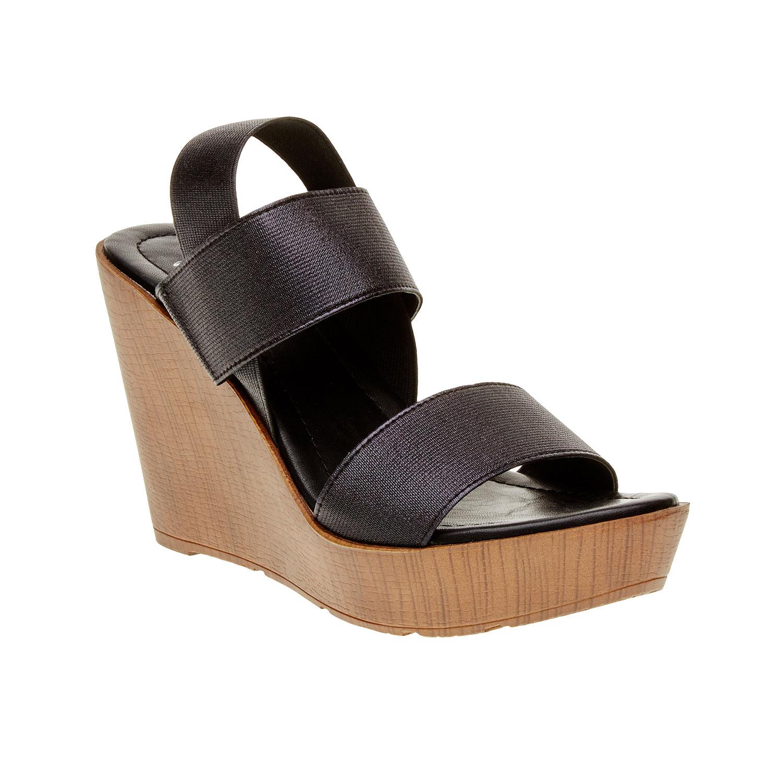 Dámské černé sandály na platformě