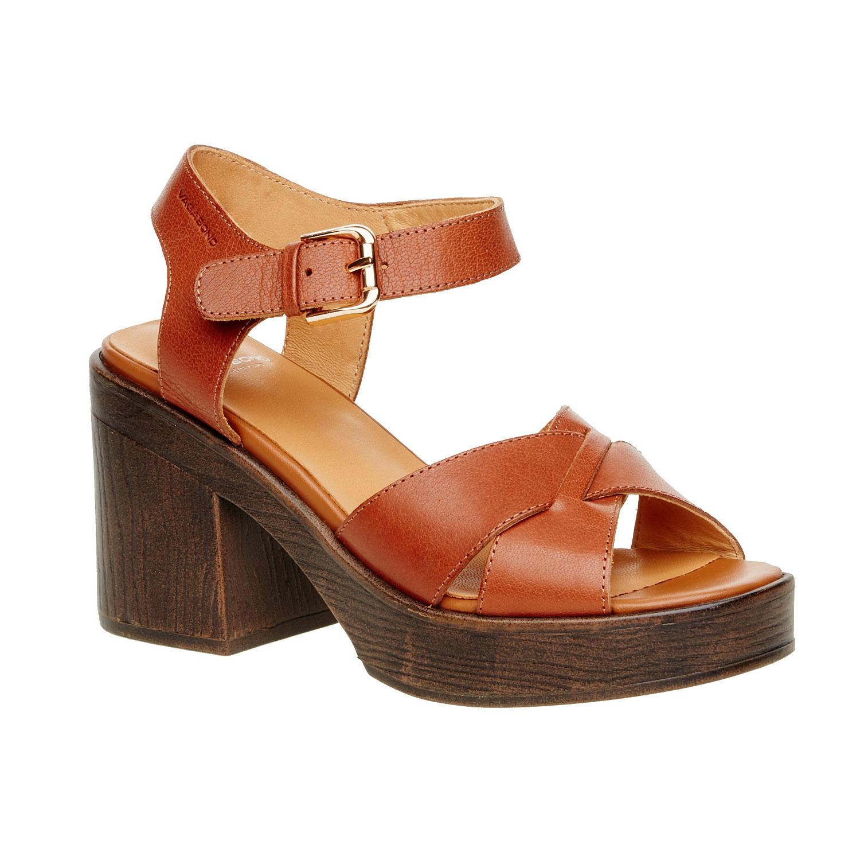 Kožené sandály na masivním podpatku