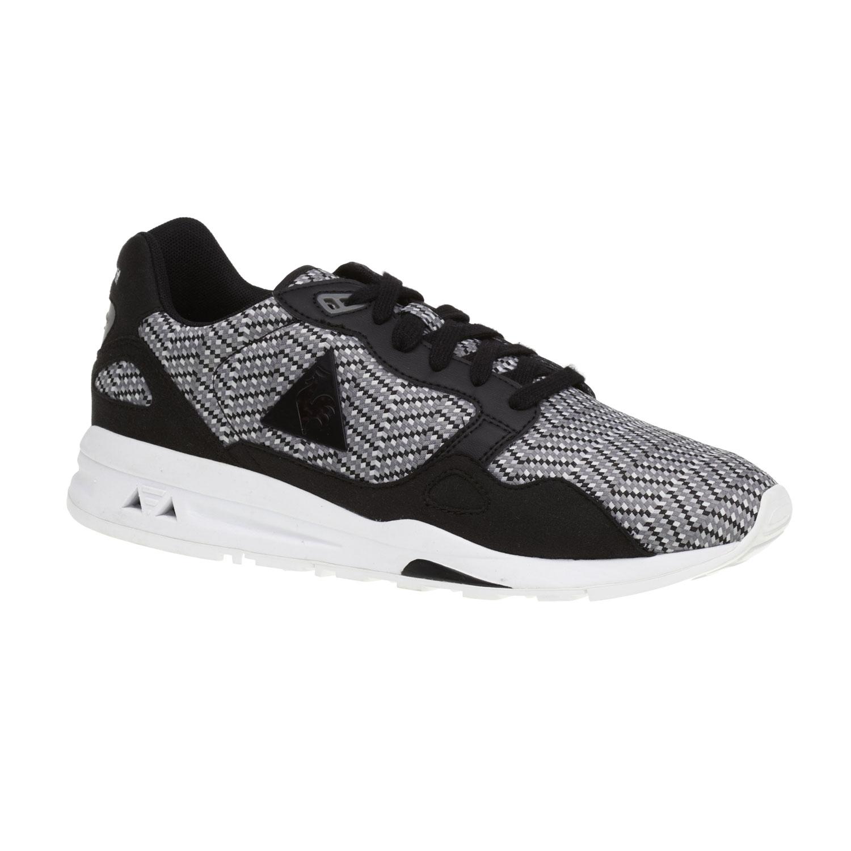 Sportovní běžecká obuv