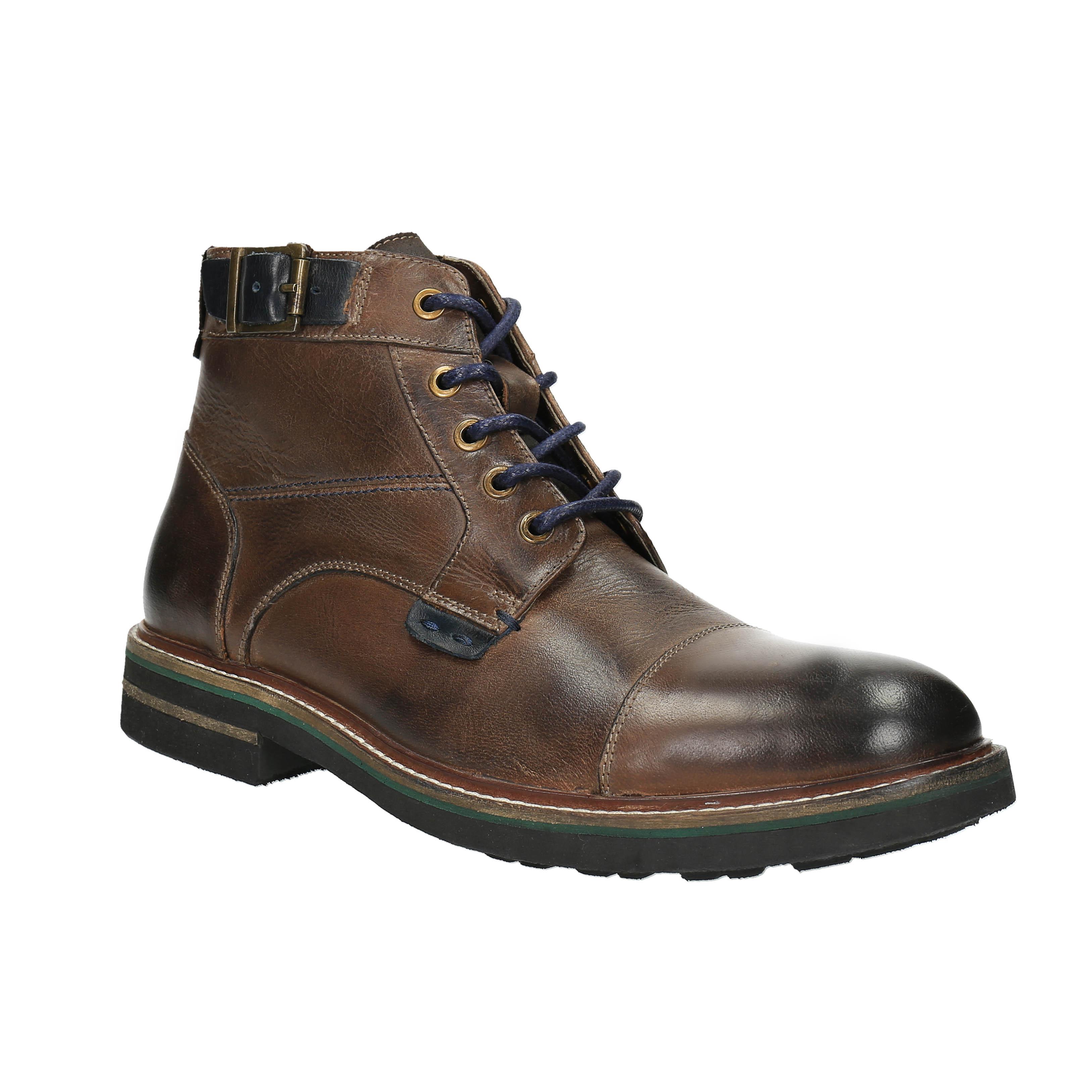 Pánská obuv s výraznou podešví