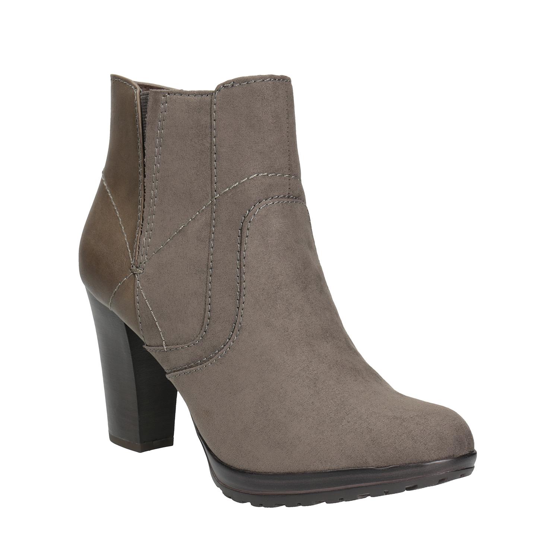 Kotníčková obuv na podpatku