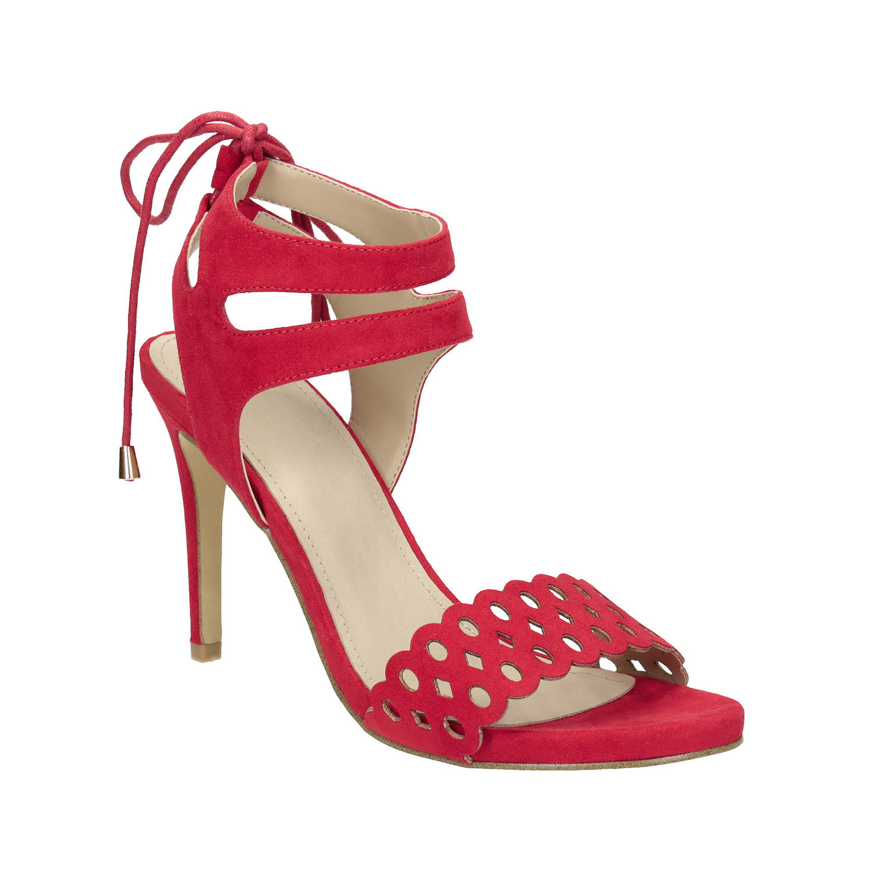Červené sandály na jehlovém podpatku