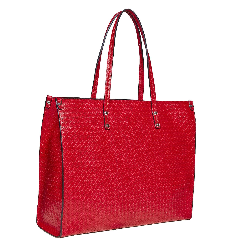 Červená kabelka s pleteným vzorem