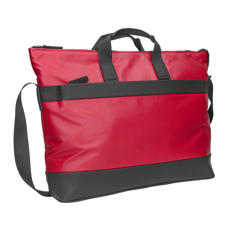 Červená cestovní taška