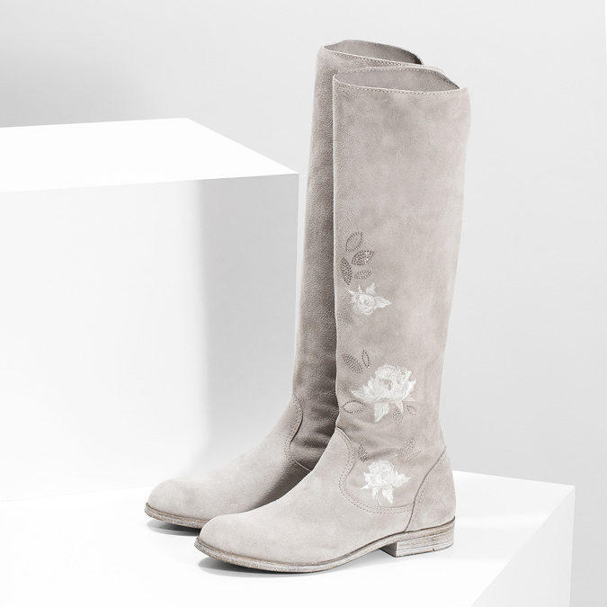 Kozačky s výšivkou a kamínky bata, šedá, 596-2687 - 16