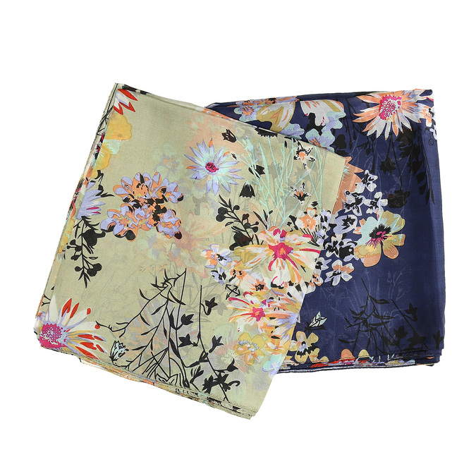 Světle zelený šátek s barevnými květy bata, vícebarevné, 909-0252 - 13