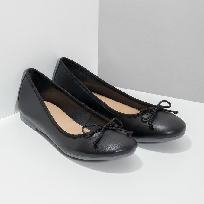 Kožené černé baleríny s mašličkou bata, černá, 524-6144 - 26