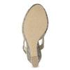 Dámské sandály na klínku se vzorem béžové insolia, béžová, 769-8622 - 18