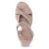 Béžové kožené sandály na klínku flexible, béžová, 666-5617 - 17