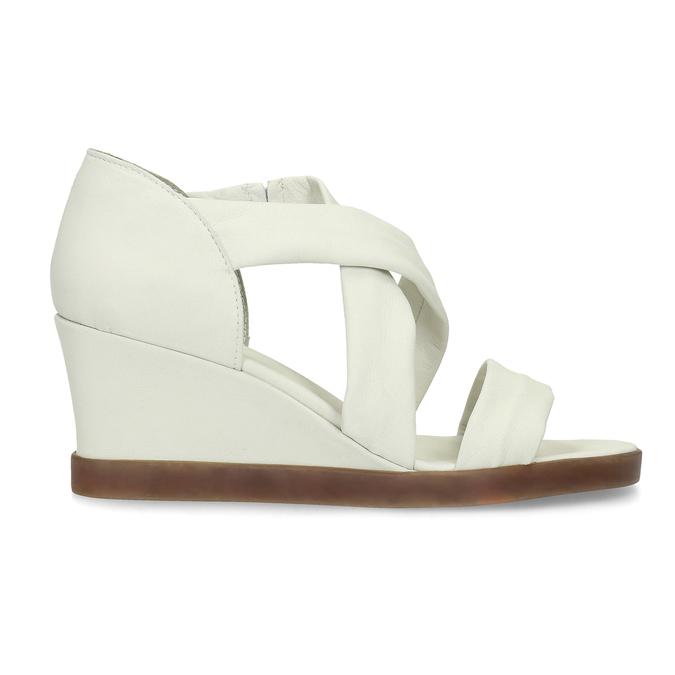 Bílé kožené sandály na klínku s pružením flexible, bílá, 666-1618 - 19