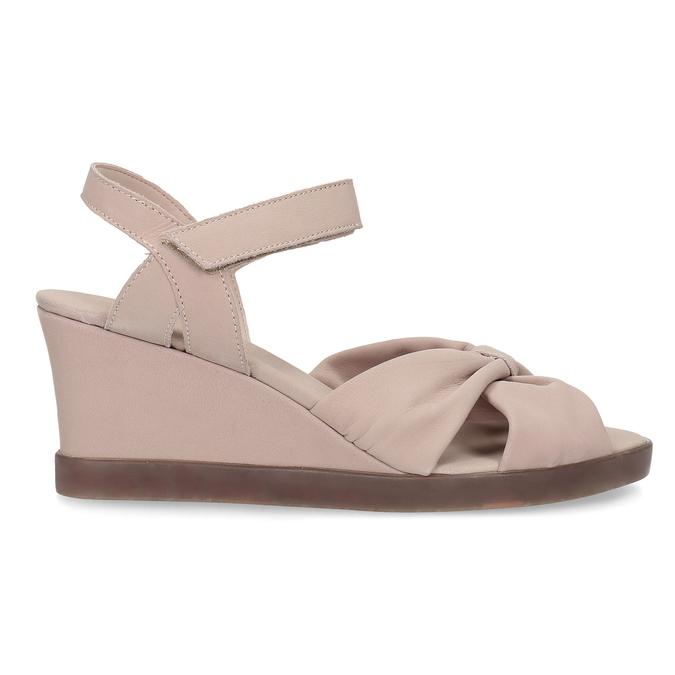 Béžové kožené sandály na klínku flexible, béžová, 666-5617 - 19