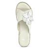Kožené bílé nazouváky na klínku comfit, bílá, 774-1107 - 17