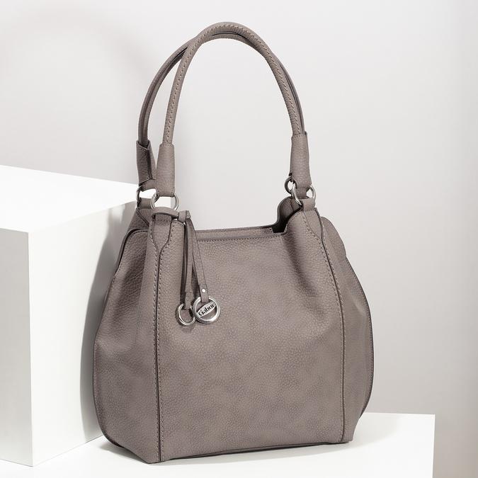 Béžová kabelka s přívěsky gabor-bags, béžová, 961-8030 - 17