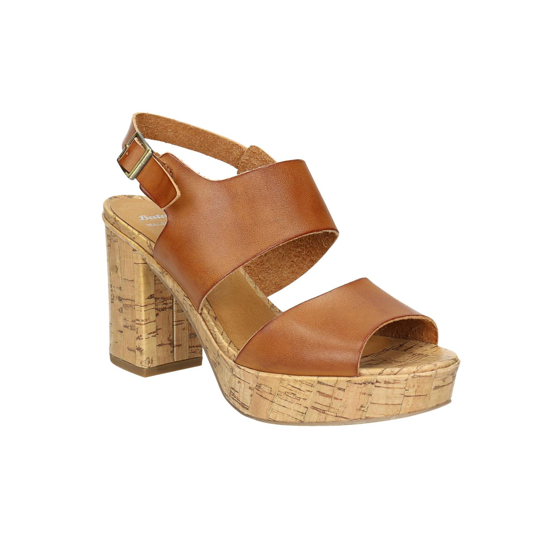 Sandály na masivním podpatku