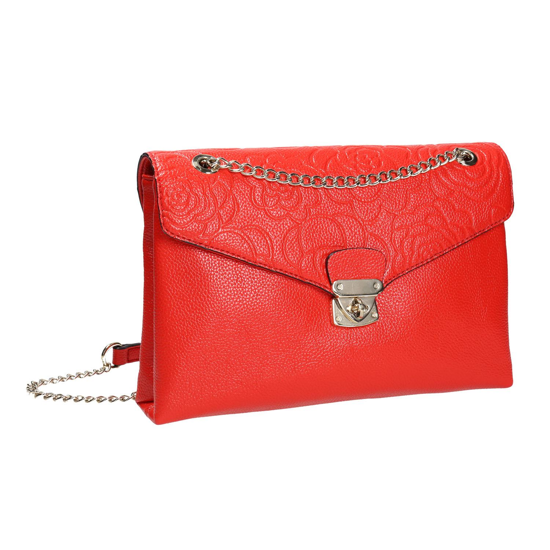 Menší červená kabelka s klopou