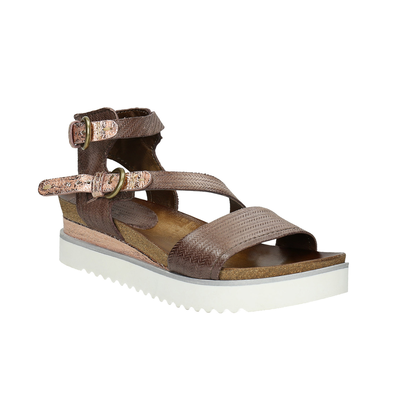 Sandały damskie na kontrastowej podeszwie - 6664604