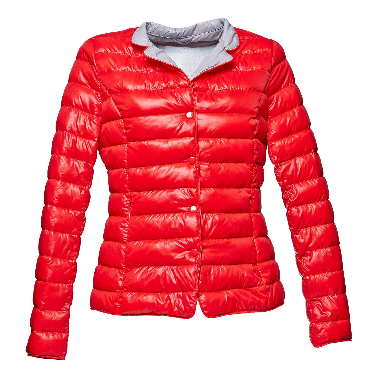 červená prošívaná bunda