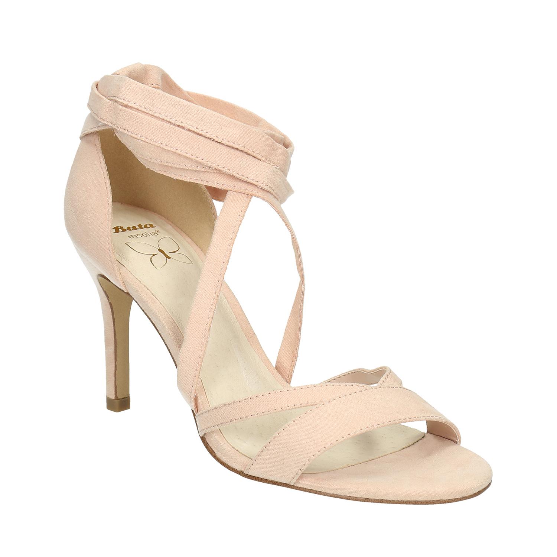 Šněrovací sandály na podpatku