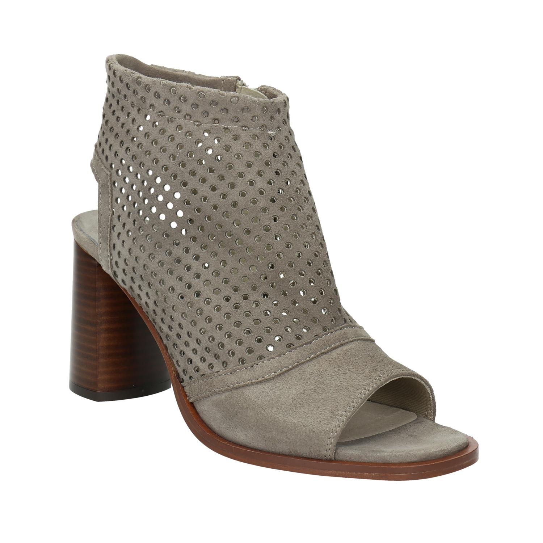 Kožená kotníčková obuv s volnou patou