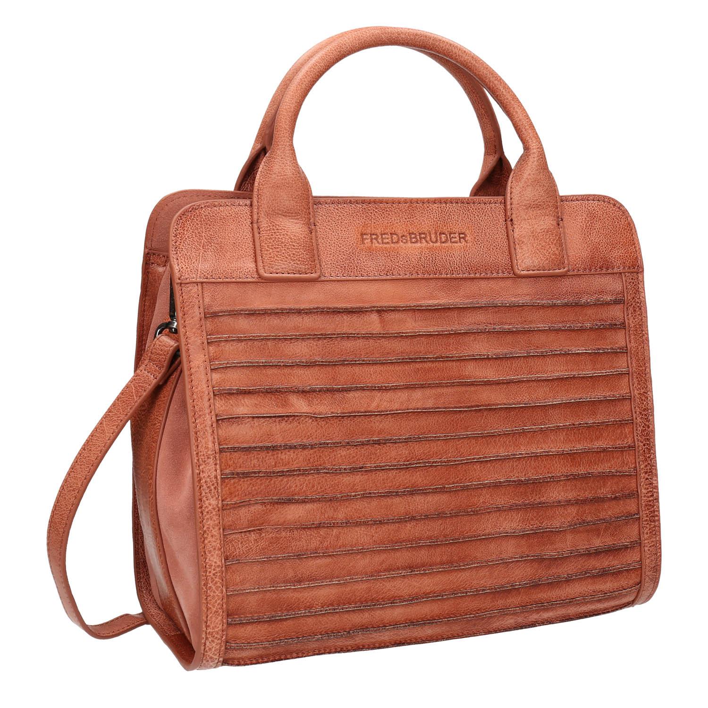 Brązowa skórzana torebka zpasków - 9645009