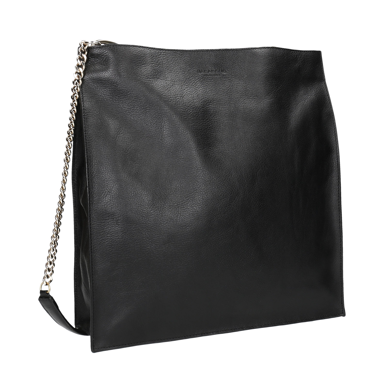 Černá kožená kabelka s řetízkem