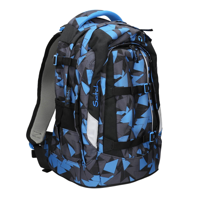 Modrý batoh se vzorem