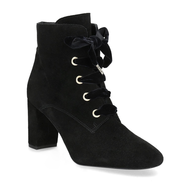 Kožené kotníčkové boty s mašlí